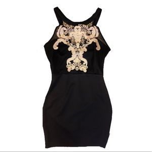 Size small forever 21 embroidered black/ gold mini